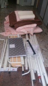 城東区にて、ベッドと布団の回収1