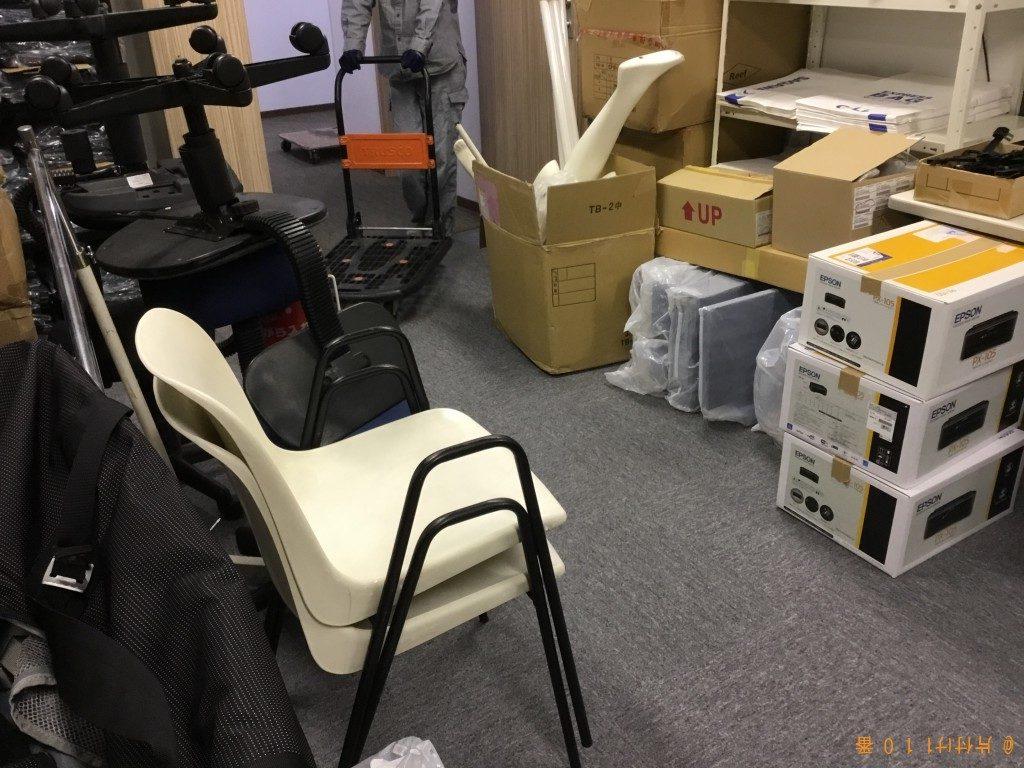 【大阪市中央区】パソコン、回転いす等の回収・処分ご依頼