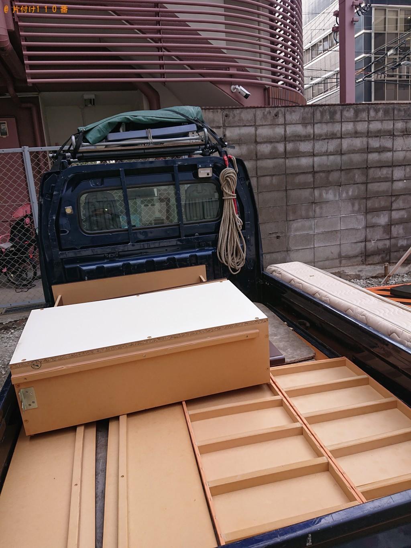 【大阪市北区】電子レンジ、ガラステーブル、シングルベッド等の回収