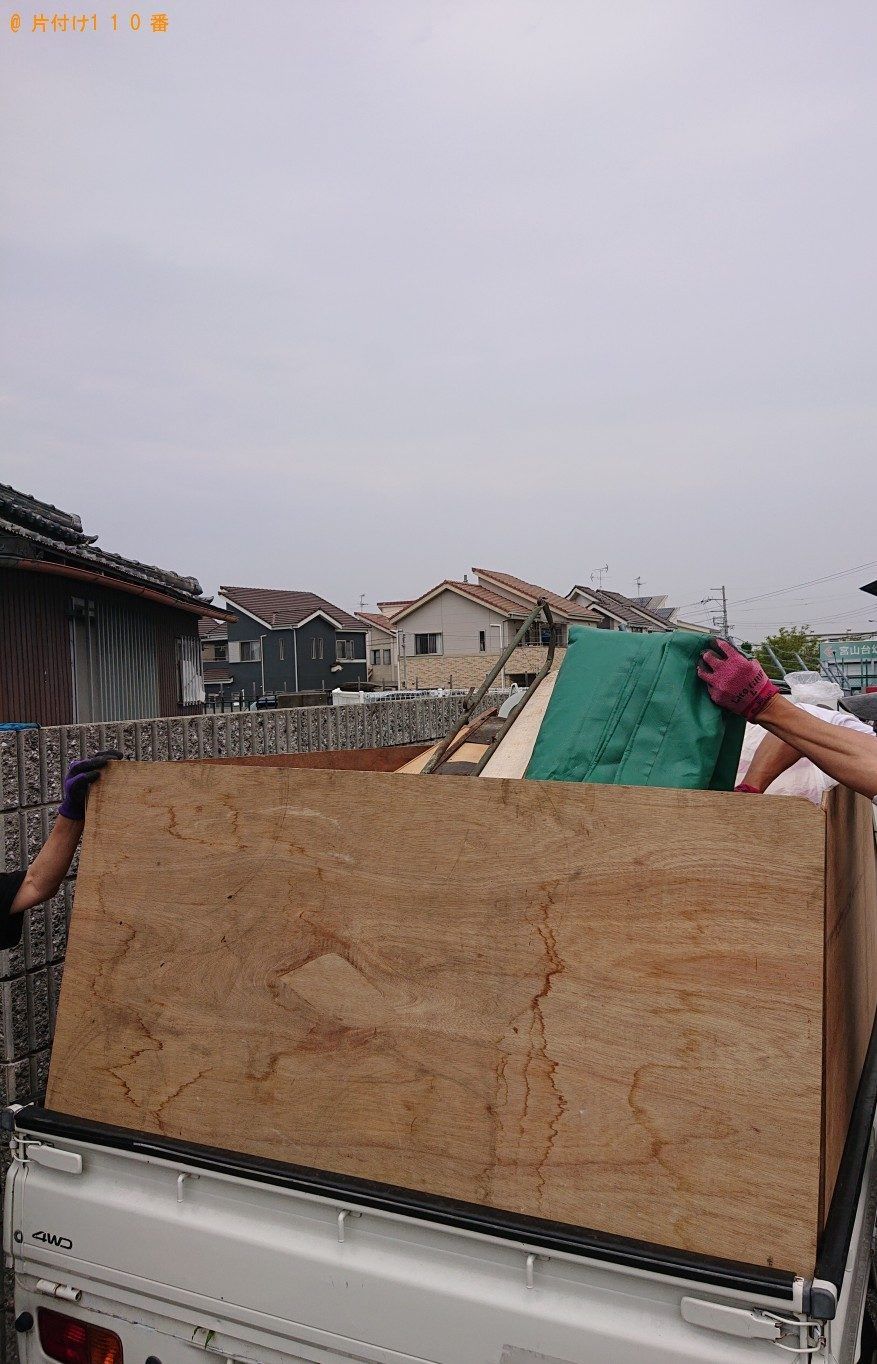 冷蔵庫、テレビ、タンス、食器棚、布団、木材等の回収