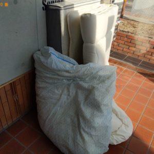 【大阪市旭区】シングルベッドマットレス、毛布の回収・処分ご依頼