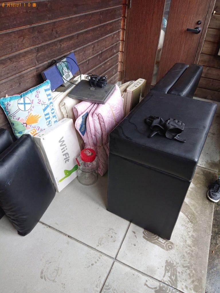 【能勢町】パソコン、三人掛けソファー、布団等の回収・処分