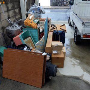 【枚方市】簡易ソファー、衣装ケース、ゴルフバッグ、クラブ等の回収