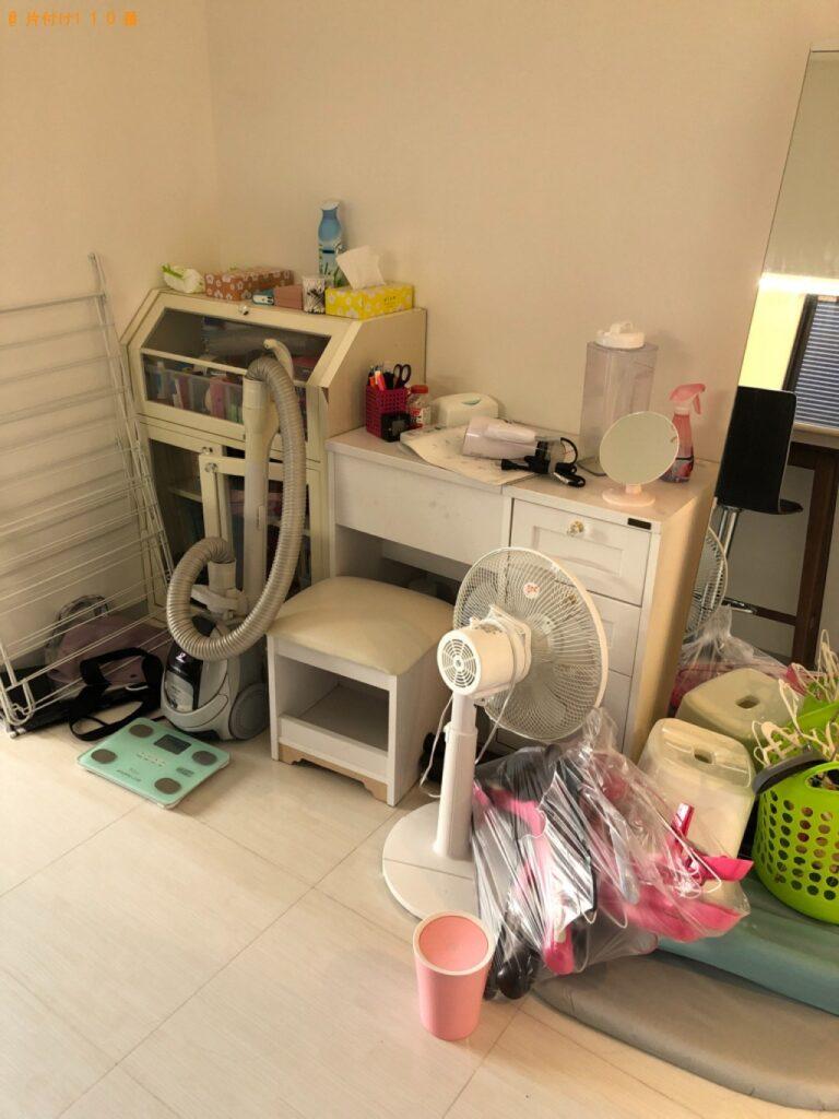 冷蔵庫、洗濯機、スタンドミラー、本棚、鏡台等の回収