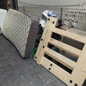 【堺市東区】マットレス付きシングルベッド、洗濯機の回収・処分