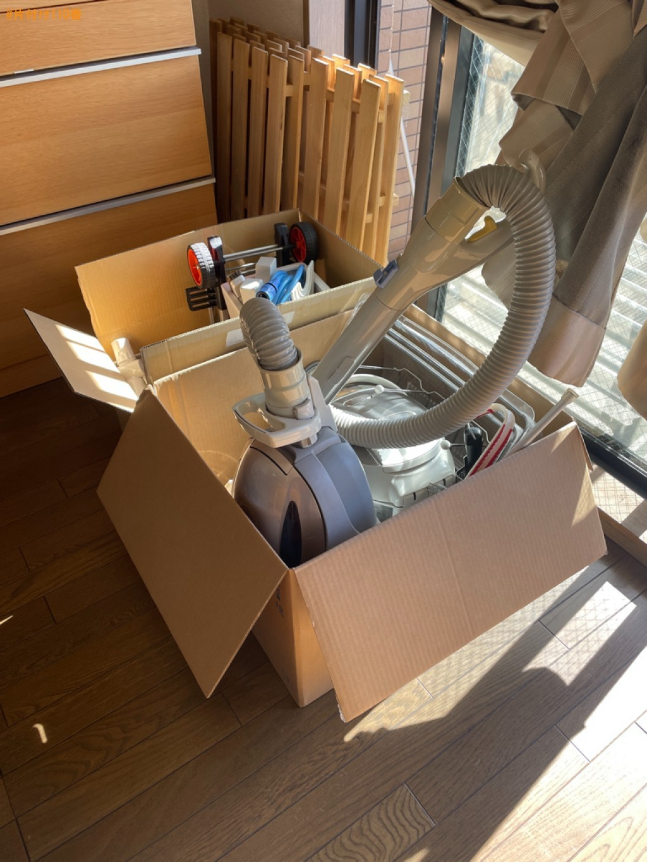 【堺市北区】マットレス付きシングルベッド、ラック、本棚等の回収